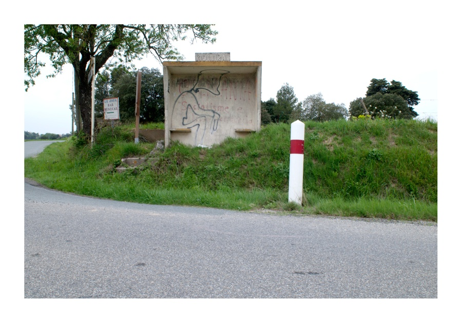 Abris-bus-Montira-2