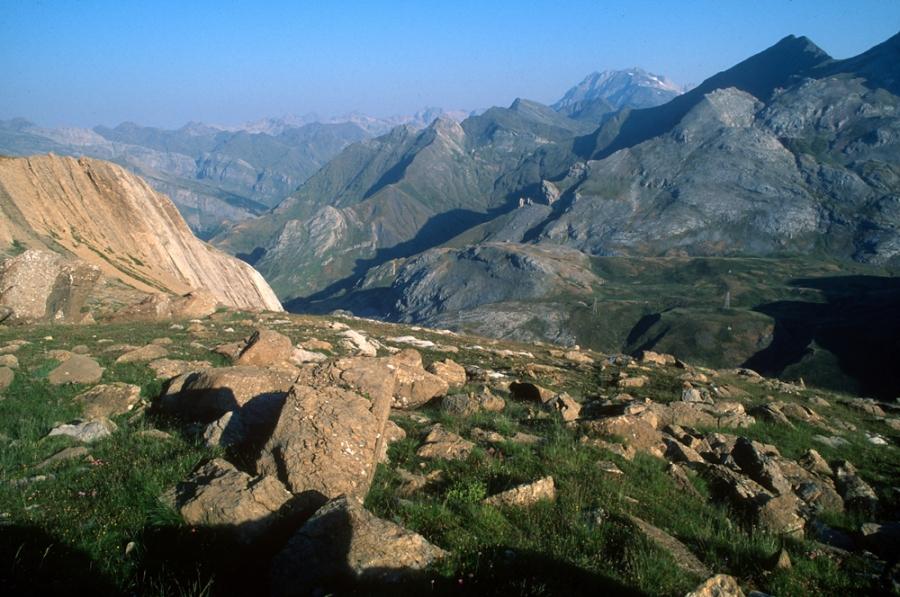 Vue-sur-l'Espagne-Pyrenees