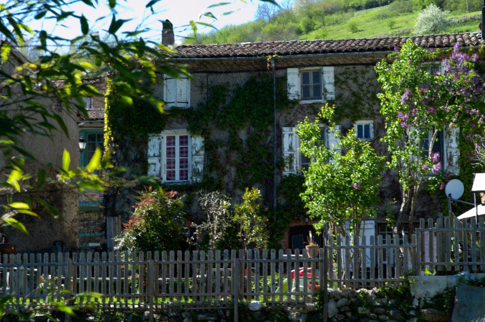 village-de-montsegur-31