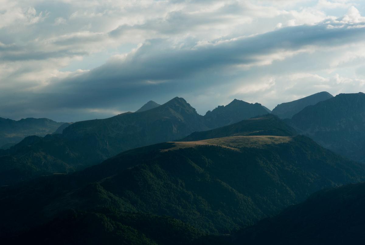photo de coucher de soleil sur le plateau de Beille, vallée d'Ax les thermes, au dessus des cabanes, photographie de coucher de soleil, photographie coucher de soleil sur le plateau de Beille, coucher de soleil en ariege